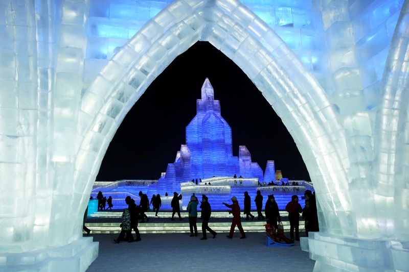 Copy of 2020-01-05T104505Z_485369308_RC2M9E9271KK_RTRMADP_3_CHINA-ICEFESTIVAL-1578226250670