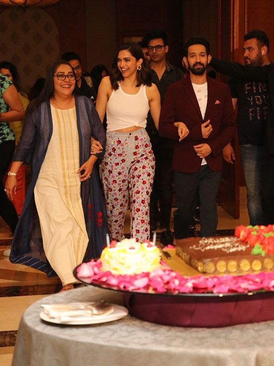 Deepika Padukone celebrates birthday with 'Chhapaak' cast ...