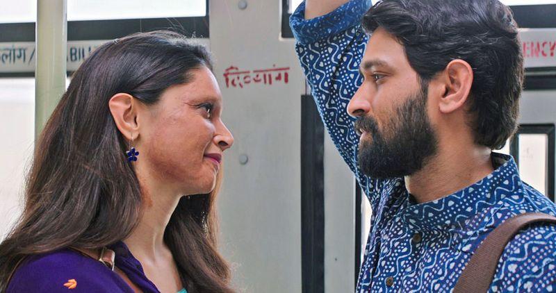 Pic 4 - Deepika Padukone and Vikrant Massey-1578405232840