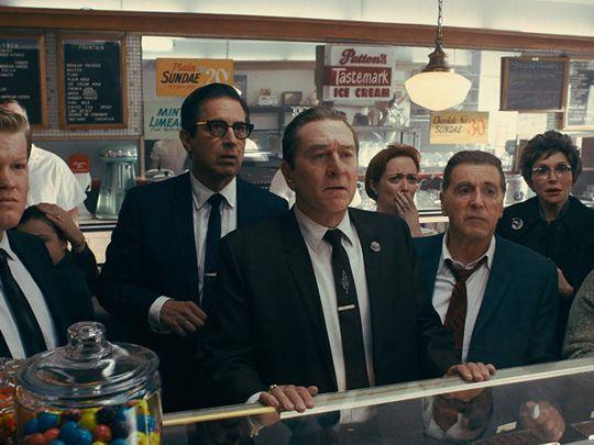 Robert De Niro, Al Pacino, Ray Romano, Jesse Plemons, and Kelley Rae O'Donnell in The Irishman 1222-1578469784194