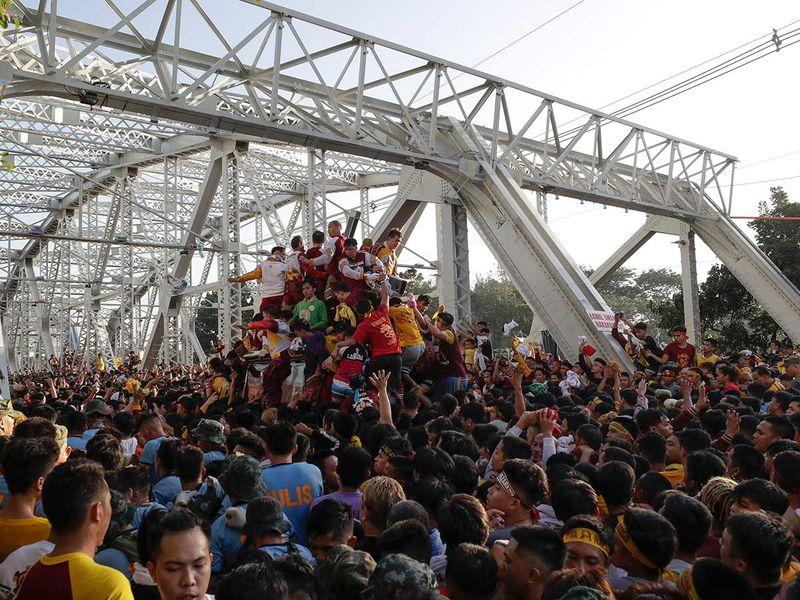 Copy-of-Philippines_Religious_Festival_42621