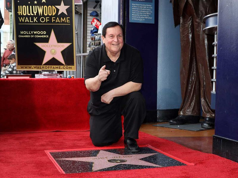 Copy-of-Burt_Ward_Honored_with_a_Star_on_the_Hollywood_Walk_of_Fame_59709
