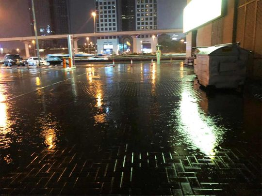 UAE: Rain to continue with lightning and thunder