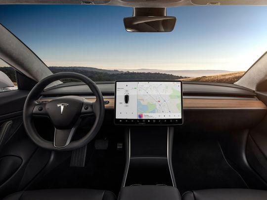 Auto Tesla