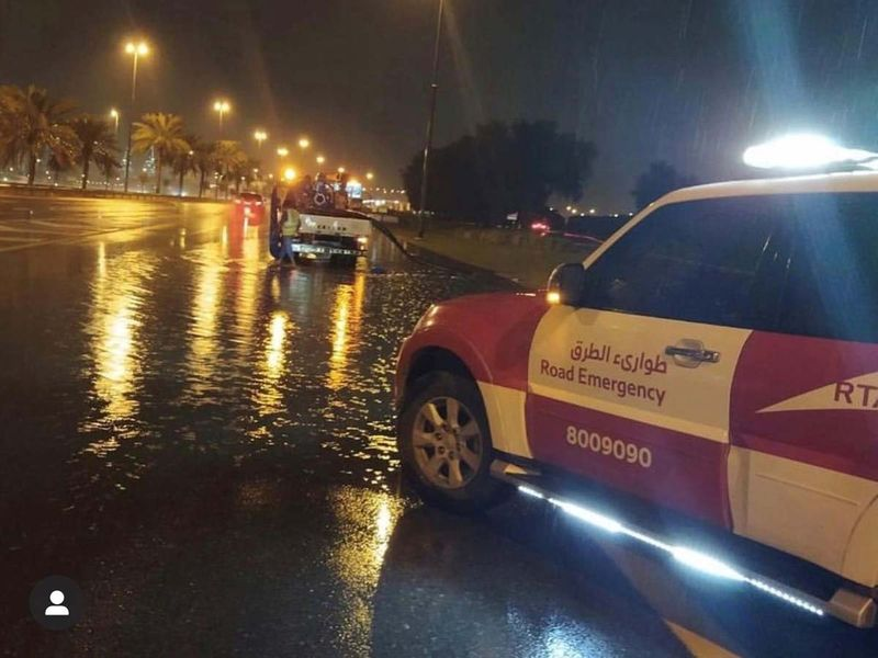 Dubai rain clean up