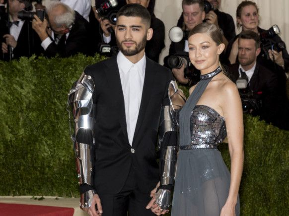 TAB 200113 Zayn and Gigi-1578895126397