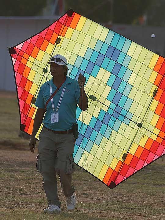 Copy-of-India_Kite_Festival_41221