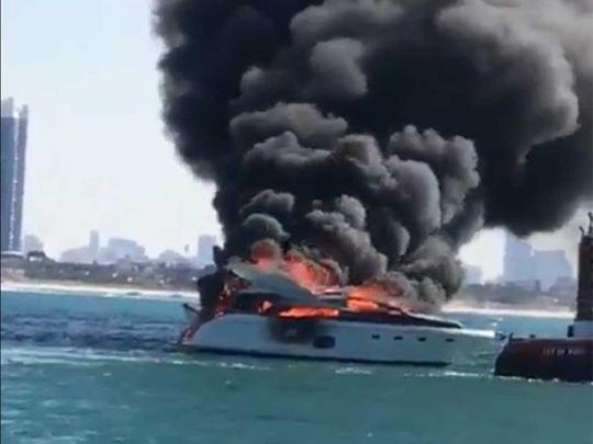 dubai fire yacht ile ilgili görsel sonucu