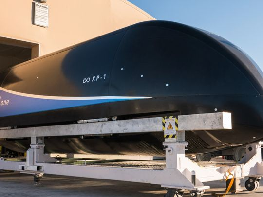 BUS Hyperloop One111-1579349572014