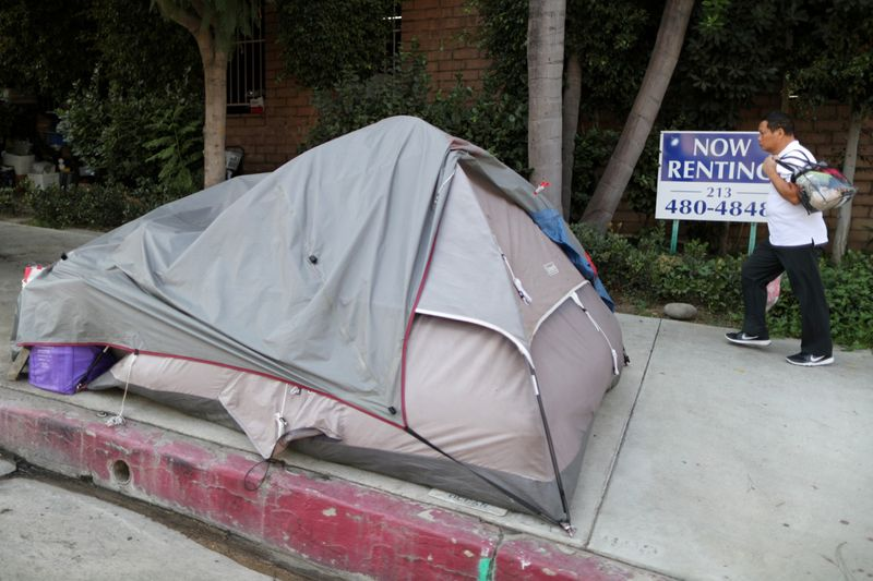 Copy of 2020-01-09T004333Z_1518723026_RC20CE9G22MI_RTRMADP_3_CALIFORNIA-HOMELESS-1579502864481