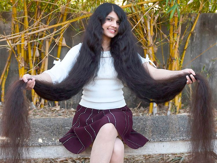 India Meet The Girl With The World S Longest Hair News Photos Gulf News