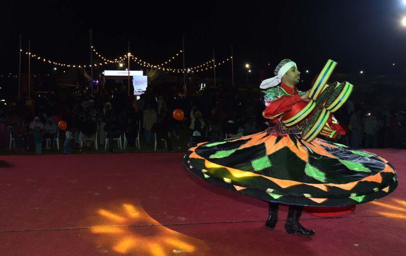 TAB FD CAMP PIC DANCE-1579772289471