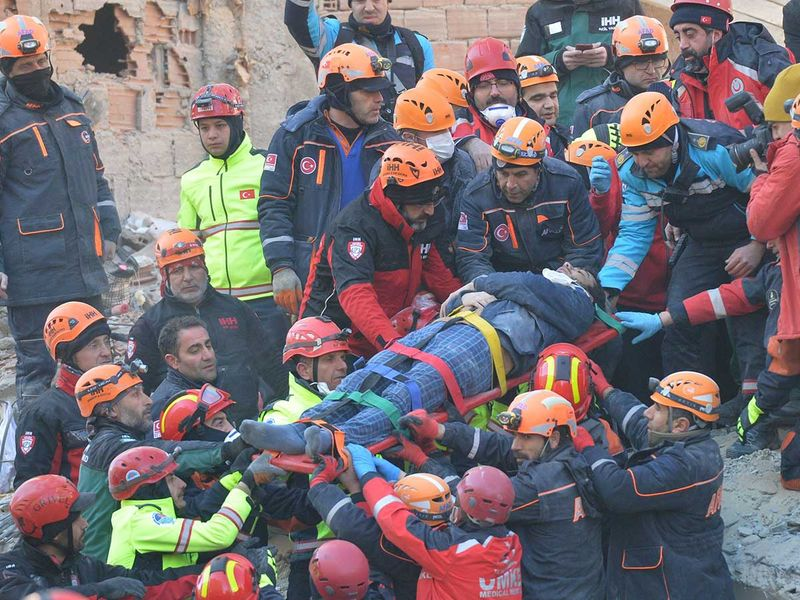 200125 rescue workers 6