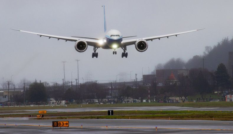 Copy of Boeing_777X_Inaugural_Flight_31015.jpg-f2eb6-1580031922802