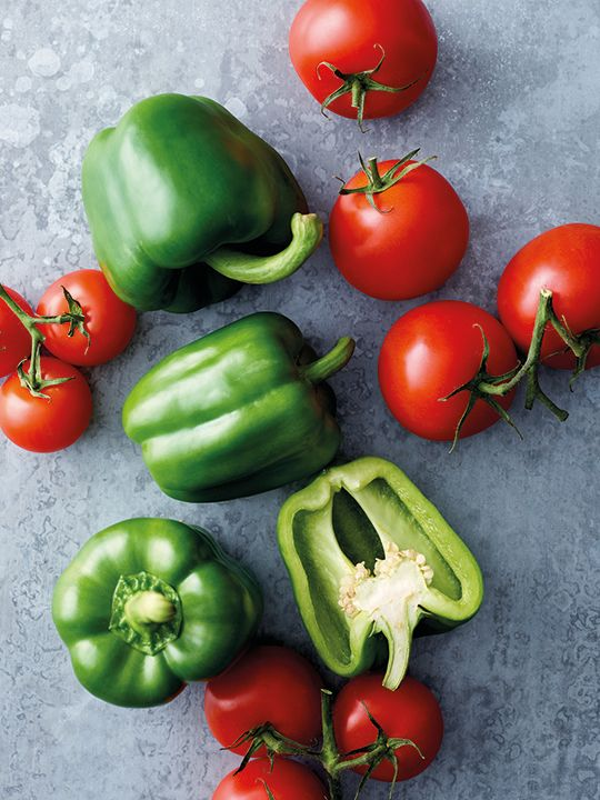 Papa John's pizza Dubai peppers and tomatoes