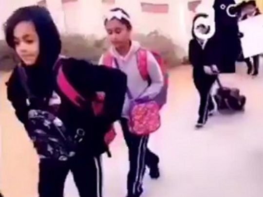 Video of the teacher welcoming pupils to the school in Al Ain