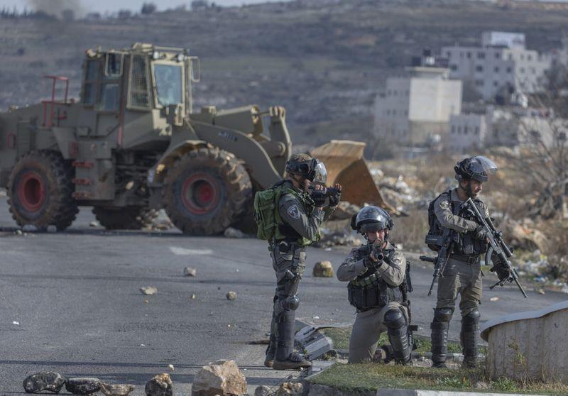 Israeli troops-1580451955024