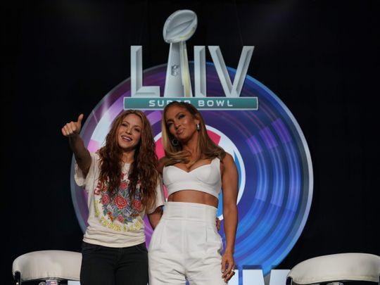 Shakira and Jlo-1580456143390