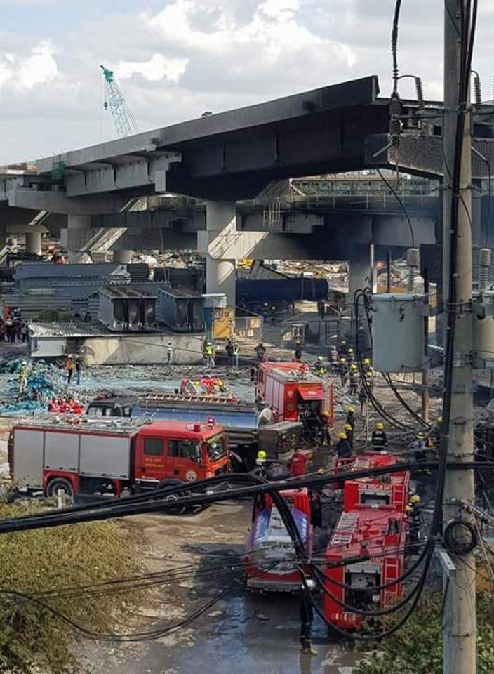 Manila firefighters Skyway