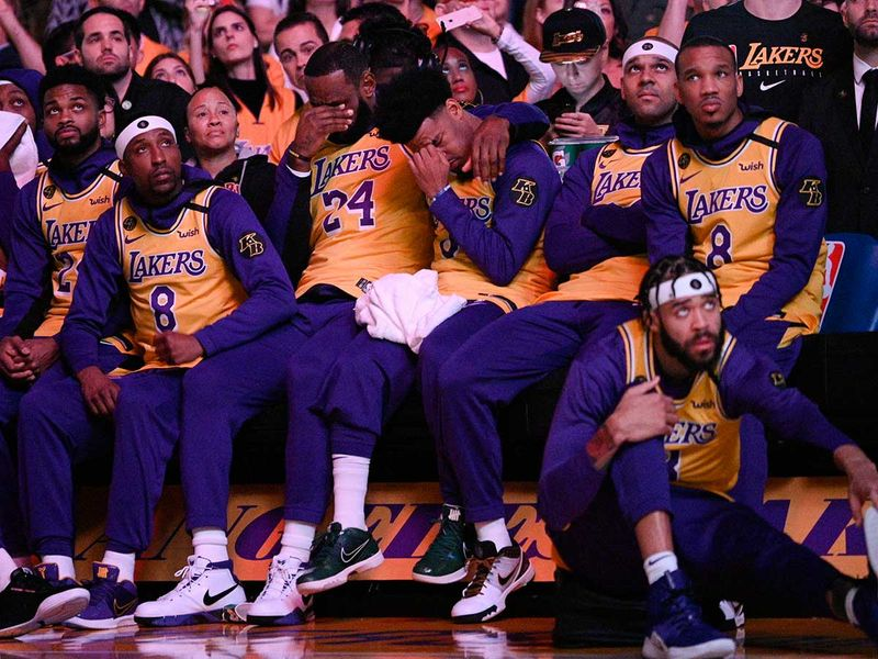 Trail_Blazers_Lakers_Kobe_Bryant_Basketball_58911