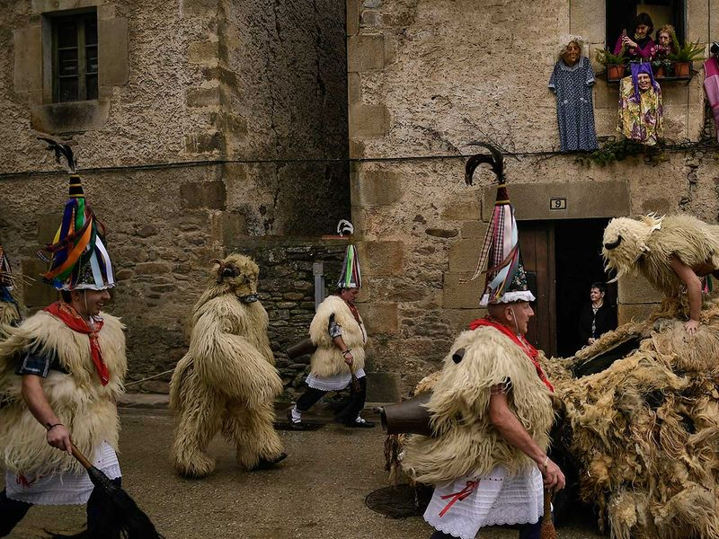 APTOPIX_Spain_Traditional_Carnival_Joaldunak_37543