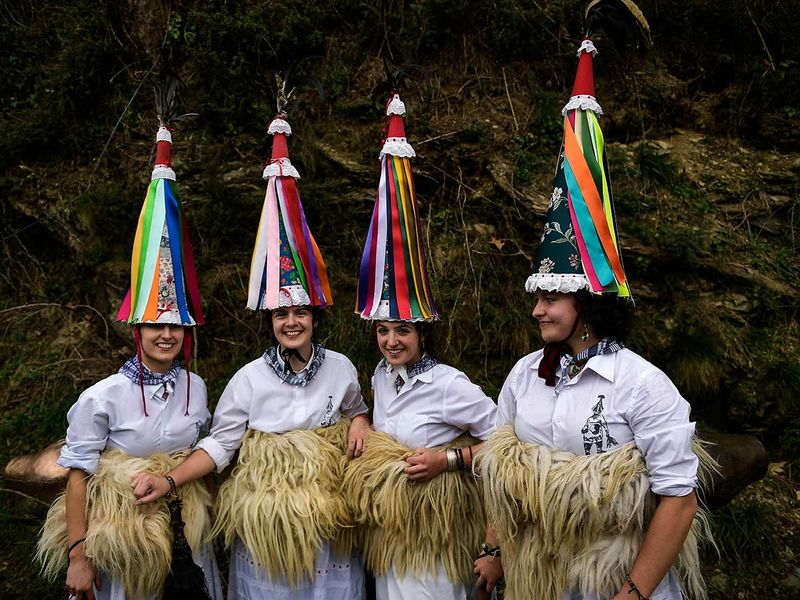 Spain_Traditional_Carnival_Joaldunak_91372