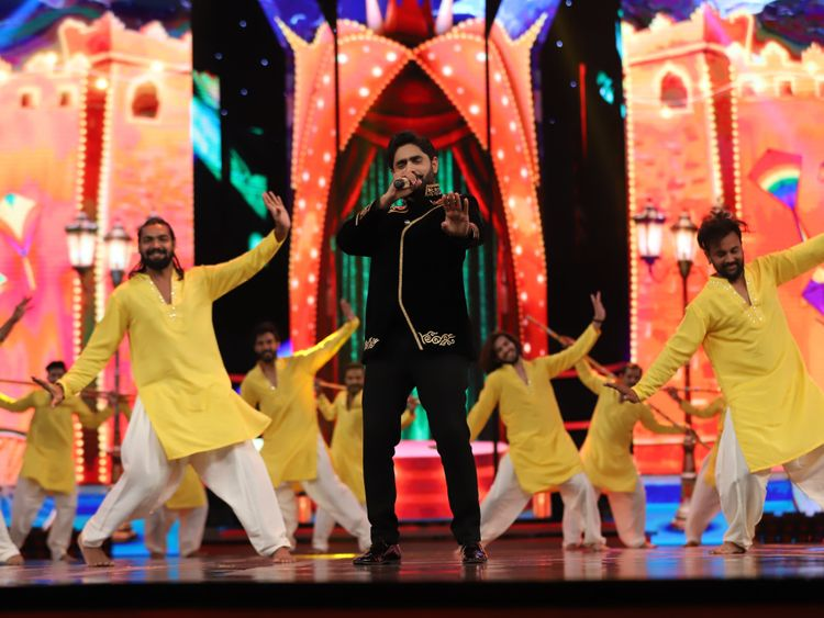 King of bhangra-pop Abrar ul Haq performs on a medley of his all-time great hits-1580724105769