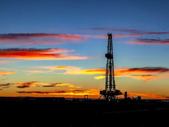 gas oil fuel drilling field
