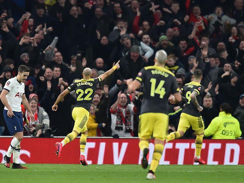 Danny Ings celebrates Southampton's second goal against Tottenham