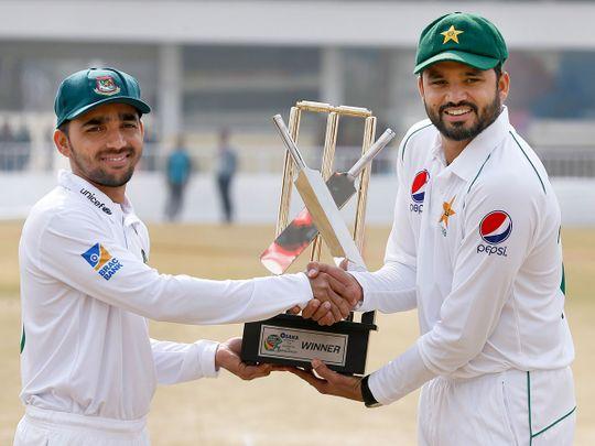 Pakistan skipper Azhar Ali, right, and his Bangladesh counterpart Mominul Haque