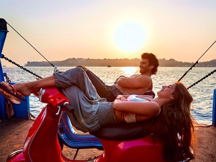 Malang Review Anil Kapoor Kunal Kemmu Bring Enough Highs To Keep You Engaged Movie Reviews Gulf News