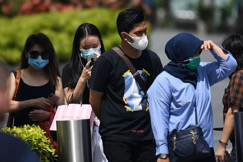Coronavirus People wearing protective face masks