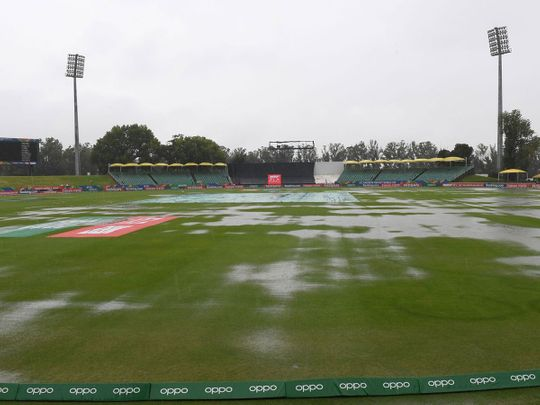 Rain delay during the ICC U19 Cricket World Cup 3rd Place Play-Off match between Pakistan and New Zealand at Willowmoore Park on February 8, 2020 in Benoni, South Africa.