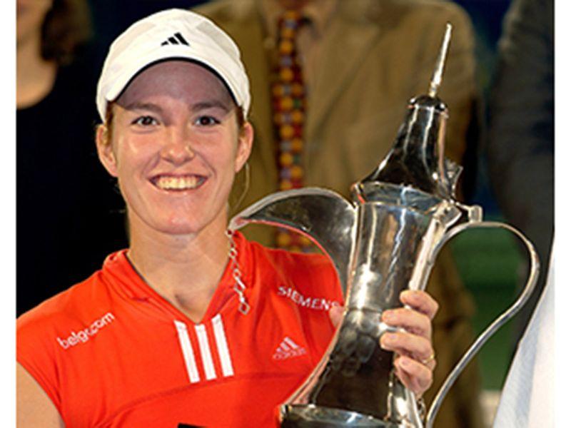 Justine Henin-Hardenne wins the Dubai Duty Free trophy 2004