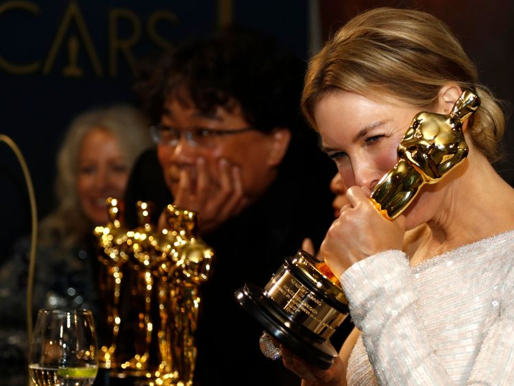Renee Zellweger at Governors Ball Reuters-1581330462195