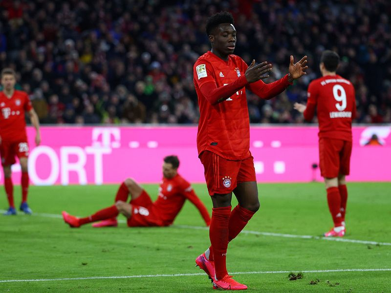 There was frustration all round in the German Bundesliga as Bayern Munich were held to a goalless draw by RB Leipzig. The top two's stalemate mean Bayern still lead Leipzig by one point