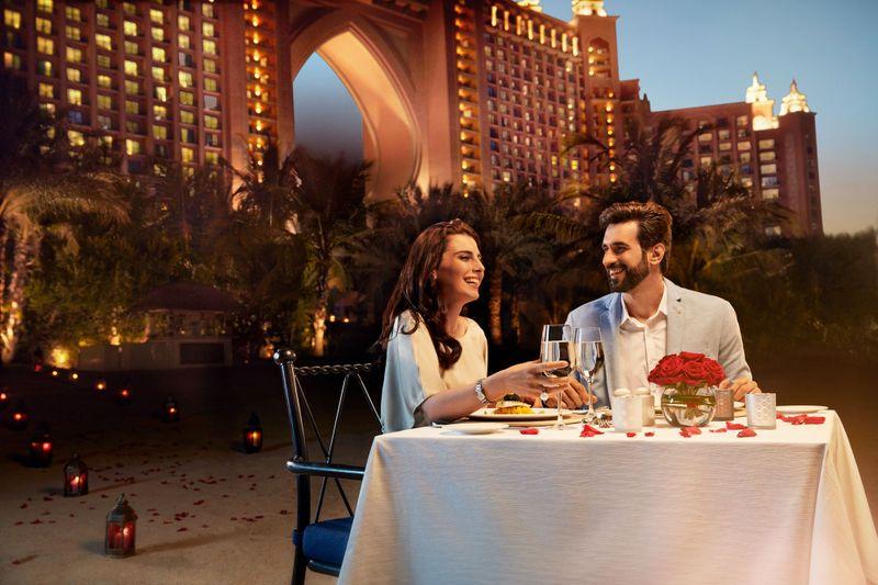 Atlantis Beach dining-1581414205753