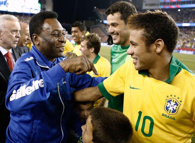 Pele greets Neymar