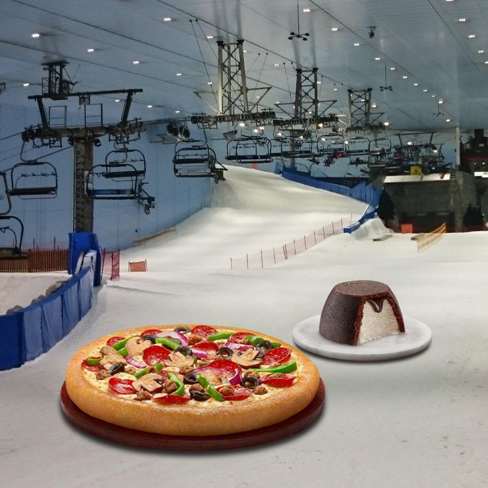 Pizza Hut and Wall's at Ski Dubai