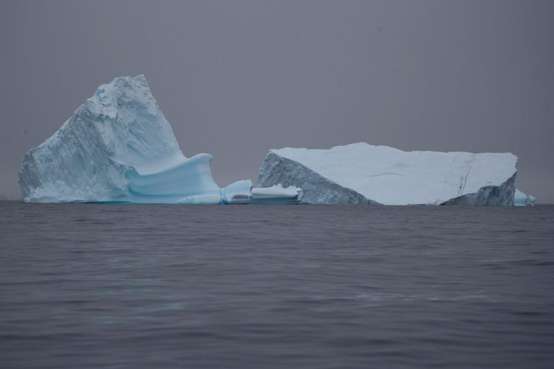 Copy of 2020-02-12T173400Z_867922490_RC25ZE960YE7_RTRMADP_3_ANTARCTIC-ENVIRONMENT-1581605095083