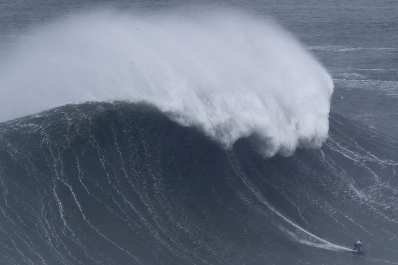 Copy of Portugal_Big_Wave_Surf_15587.jpg-bb602-1581596174789