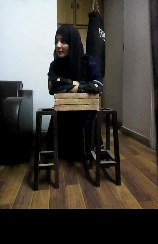 WPK 200214 Neelofar Sherazi Brick Breaker-1581681186321