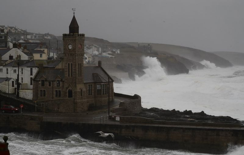 Copy of Britain_Europe_Storm_17294.jpg-2e615-1581852130789