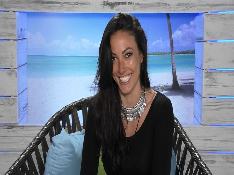Sophie Gradon Love Island-1581925407248