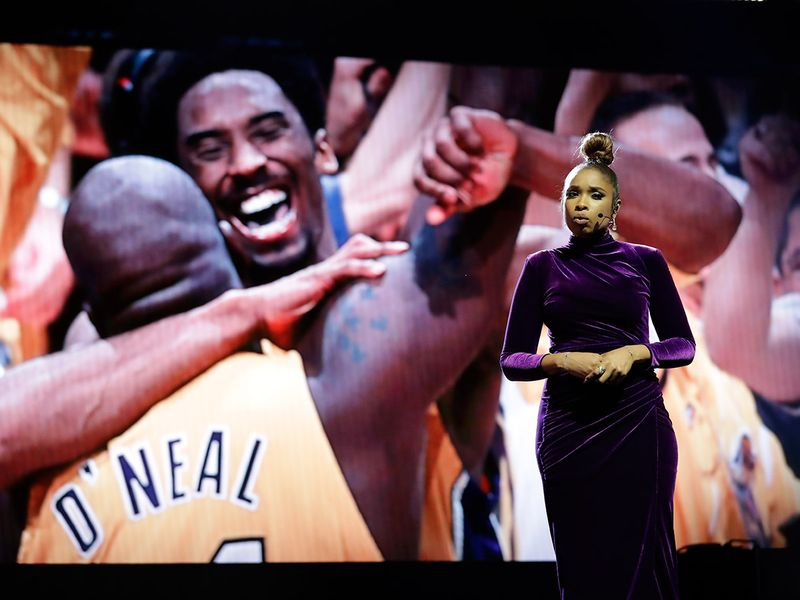 Stars pay tribute to Kobe Bryant at All-Star game