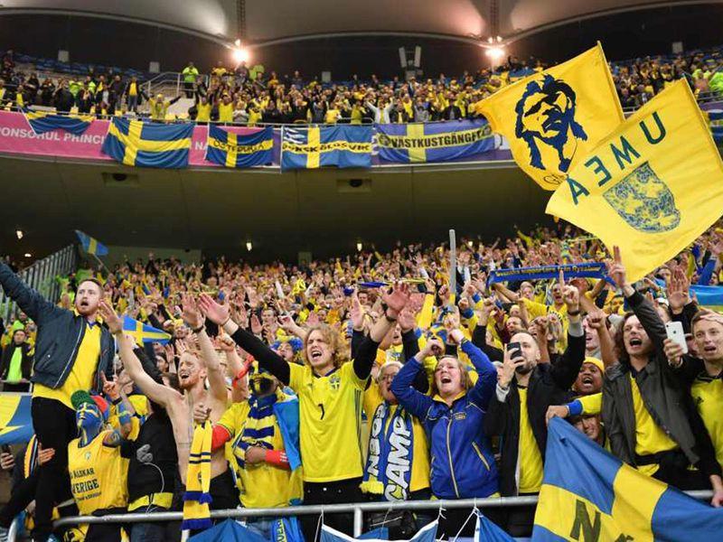 Sweden fans defiant against Romania