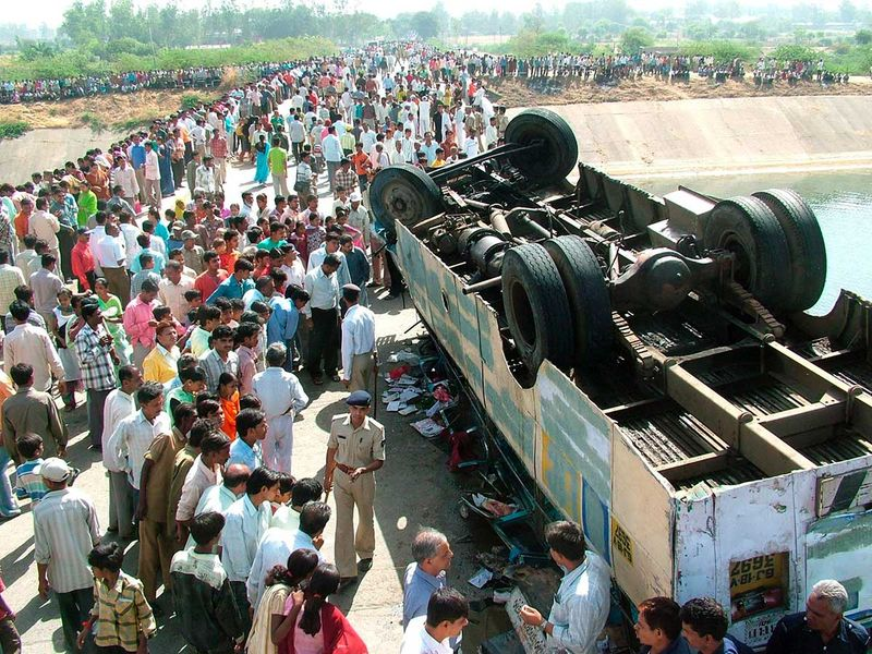 WEB-INDIA-BUS-ACCIDENT-FILE2-(Read-Only)