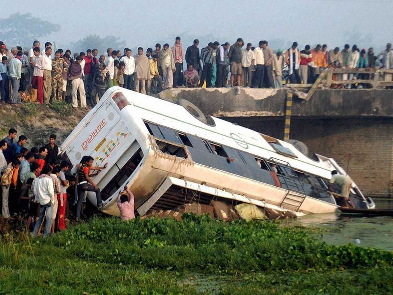 WEB-INDIA-BUS-ACCIDENT-FILE3322-(Read-Only) 2011