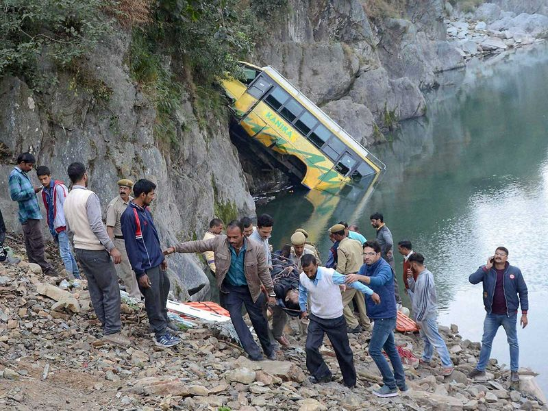 WEB-INDIA-BUS-ACCIDENT-FILE4222-(Read-Only)