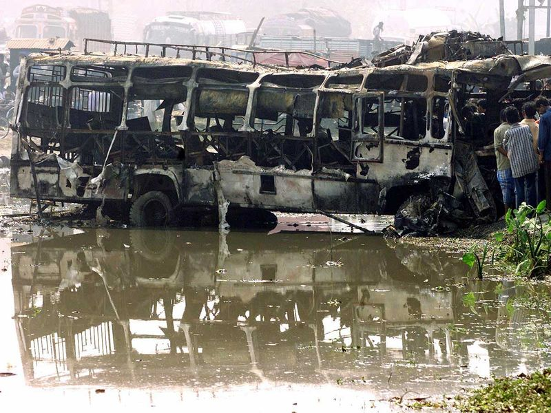 WEB-INDIA-BUS-ACCIDENT-FILE433-(Read-Only) 2003